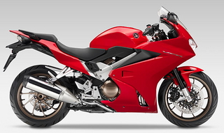 2014-Honda-VFR800F-right-side.jpgのサムネール画像